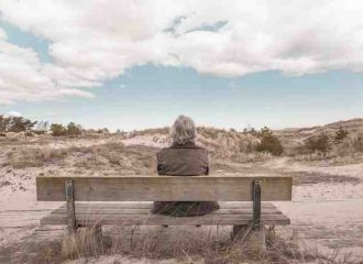 Females are more likely to develop alzheimer's disease